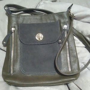 Simply Noelle purse olive green crossbody